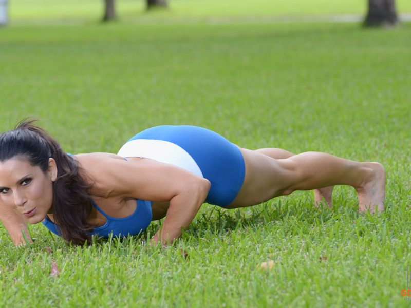 laura london push ups
