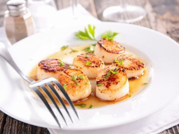 Easy Garlic and Vegetable Scallops
