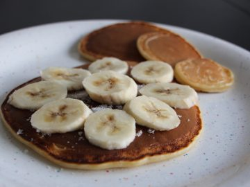 Banana Oatmeal Protein Pancake